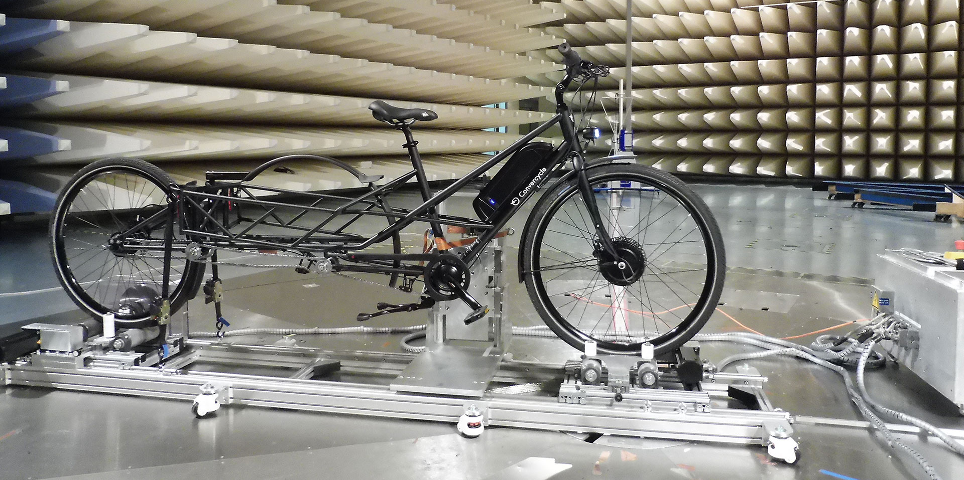 Our bikes have been tested according to the EN ISO 4210 standard for bicycles, the DIN 79010 standard for cargo bikes and the (EPACs) DIN EN 15194 standard for electric motor assisted bikes.